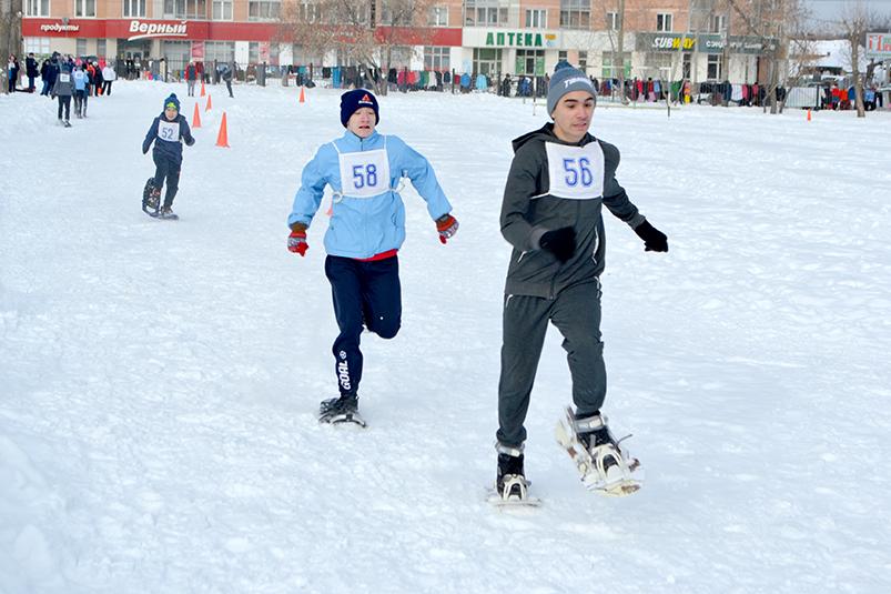 Бег на снегоступах: наш Сиявуш стал первым